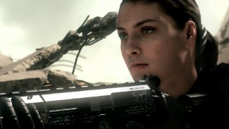 COD Ghosts new female soldier (http://icdn4.digitaltrends.com/image/cod-ghosts-mp-325x337.jpg).