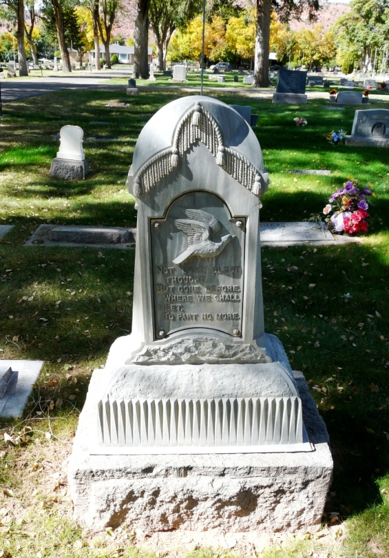 Beautiful headstone with no name, Richfield, Utah